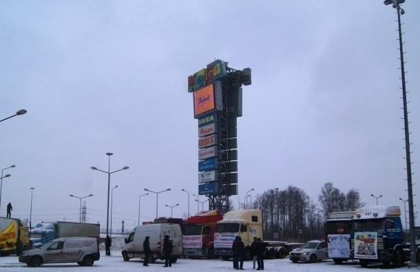 Протестующие дальнобойщики организовали новую стоянку в Москве