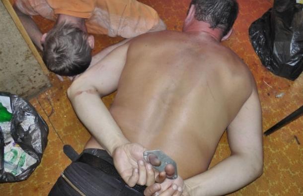 СМИ: хищение петербурженки привело к полицейскому-наркодиллеру