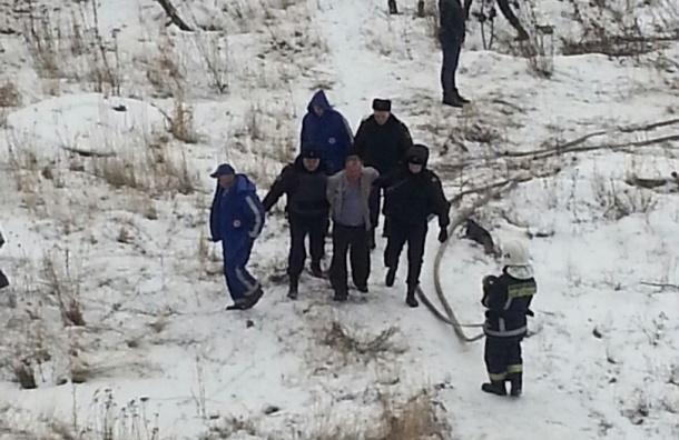 Полиция обезвредила мужчину с гранатой на Шуваловском проспекте
