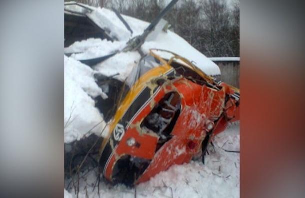 Вертолет с пассажирами потерпел крушение в Ленобласти