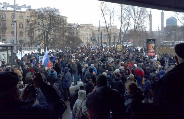Петербург пришел к Немцову