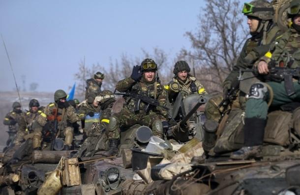 Украинские военные: за сутки в зоне боевых действий открывали огонь 71 раз