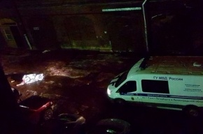 Приезжий насмерть разбился, выпав из окна хостела на Старо-Петергофском
