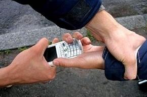 Дагестанец, угрожая ножом, украл у подростка телефон