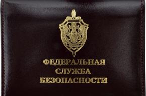 Пенсионера ФСБ обворовали в Приморском районе
