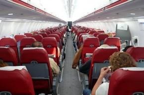 Самолет экстренно сел в Москве из-за смерти пассажира на борту