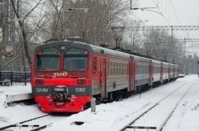 Электричку эвакуировали в Зеленогороске после сообщения о бомбе