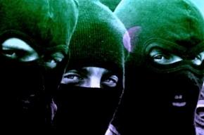 Трое в масках с пистолетом обокрали ломбард в Купчино