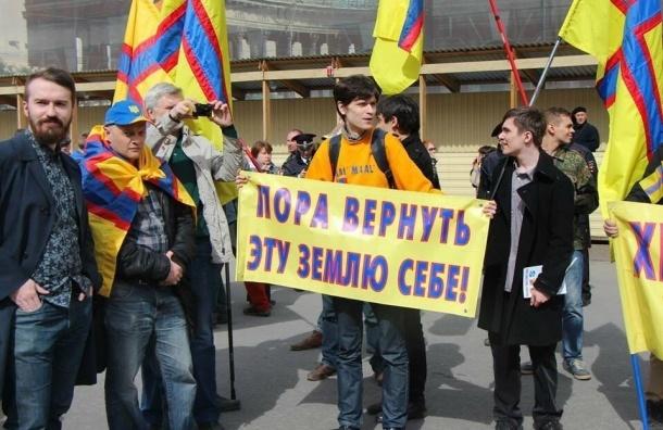 Оппозиционного активиста Данила Александрова избили возле дома