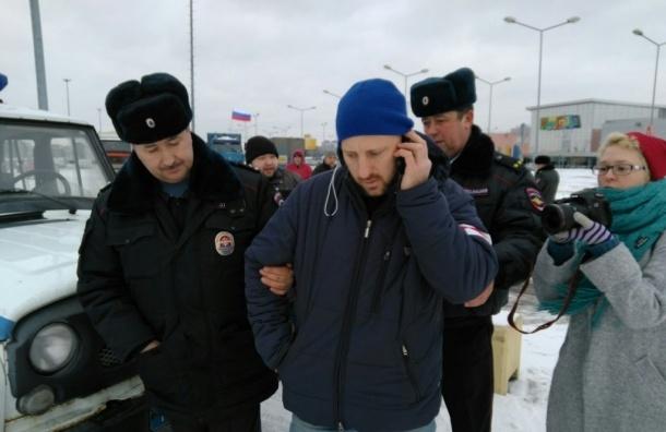 Произошло первое задержание на акции против «Платона» в Петербурге
