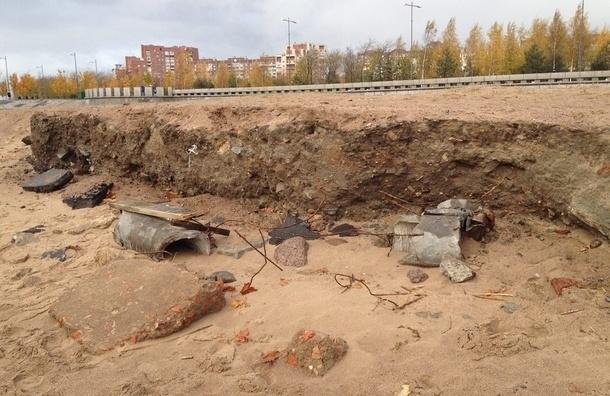 Финский залив поглощает пляжи Петербурга