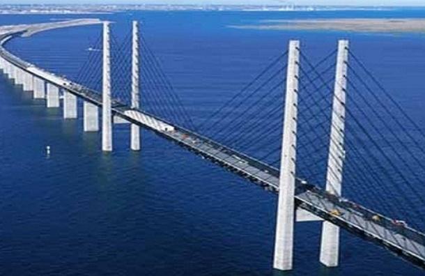 Владимир Путин назвал строительство моста в Крыму исторической миссией