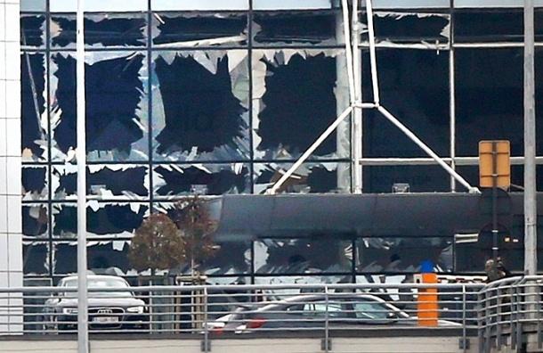 Саперы взорвали подозрительный предмет у станции метро в Брюсселе