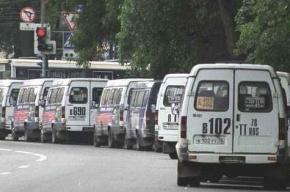 Водитель маршрутки в Петербурге езидл на неисправном автобусе