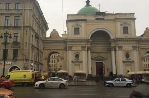 Мужчина разбился, упав с крыши церкви в Петербурге