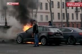 Поджог машины жены Шнурова попал на камеры видеонаблюдения