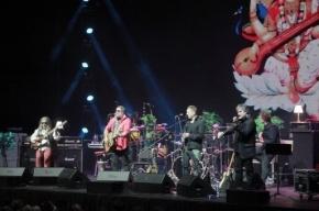 Борис Гребенщиков на концерте в Воронеже посвятил журналистам песню «Собачий вальс»