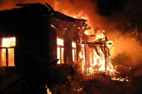 Двое мужчин сгорели в Ленобласти из-за непогашенной сигареты
