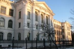 Пожилой профессор из Петербурга подозревается в убийстве сына-доцента
