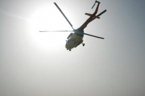Вертолет горит после аварии в Ивановской области
