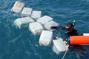 Подлодка с кокаином чуть не пошла на дно от тяжести у берегов США