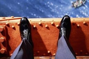 Человек прыгнул в Большую Невку с Гренадерского моста