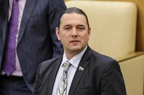 Охрана «Галереи» силой обыскала депутата Госдумы Шингаркина