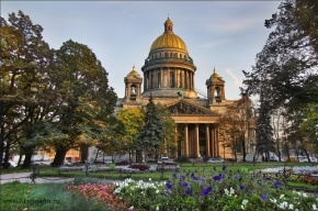 Депутаты ЗакСа намерены провести референдум о передаче Исаакия Церкви