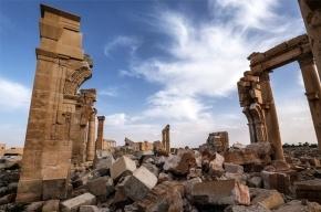 Сирийские военные вошли в Пальмиру, древний город разрушен