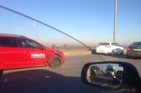 Трехкилометровая пробка образовалась на Софийской из-за двух ДТП
