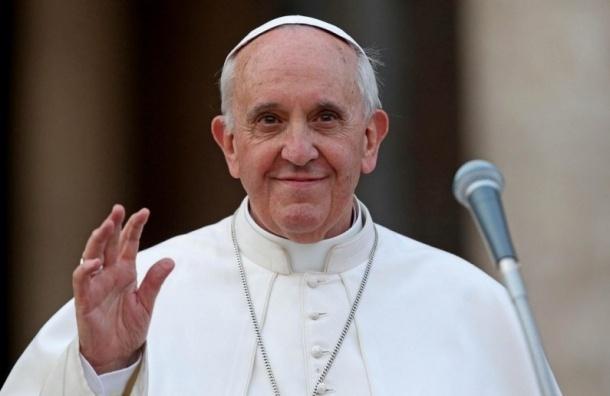 Папа Римский призвал бороться с терроризмом «оружием любви»