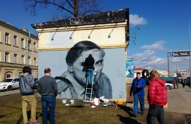 Портрет прапорщика Задова появился на Синопской площади