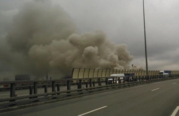 Шахта метро горит в «Обухово»