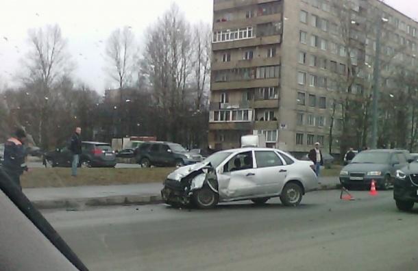 Очевидцы: «Жигули» попали в смертельную аварию на Белградской улице