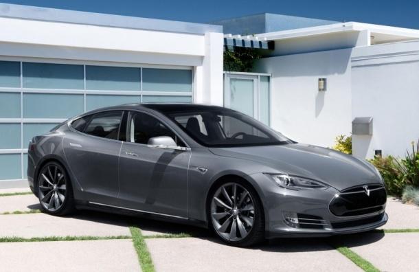 Tesla представила самый дешевый электрокар за 35 тысяч долларов