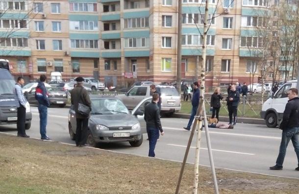Пьяный водитель на полной скорости сбил женщину на Ударников