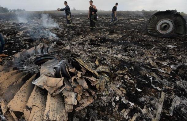 СМИ покажут фильм о возможной причине крушения Boeing в Донбассе