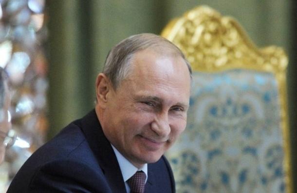Суд Саратова прекратил производство по иску против Путина по двум причинам