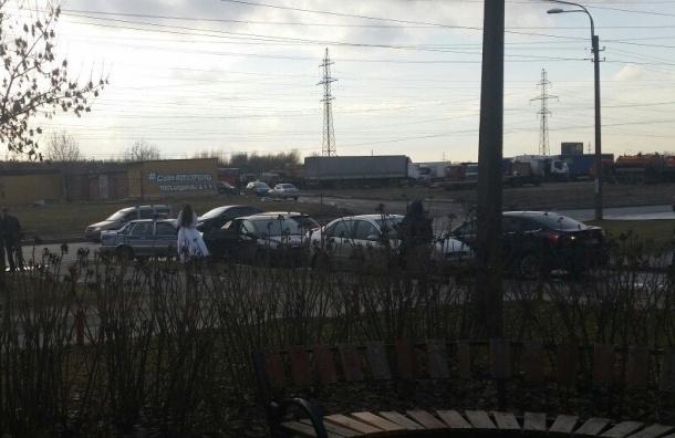 Погоню за водителем из «пьяной свадьбы» устроила машина ГИБДД в Петербурге