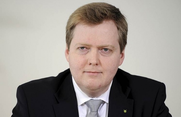 Премьер-министр Исландии уходит в отставку из-за скандала с офшорами