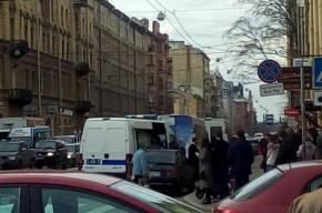 Приезжие устроили разборку со стрельбой в кафе на Васильевском острове