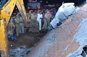 Более 100 человек стали жертвами пожара в храме в Индии
