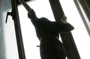 Жительница Петербурга разбилась насмерть, выпав с 13 этажа