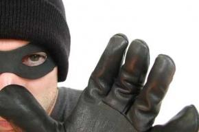 Торговый павильон ограбили в Усть-Ижоре