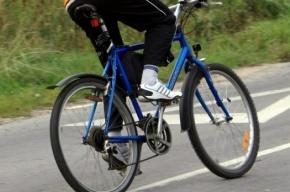 Юный велосипедист попал под машину на Маршала Казакова