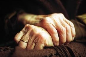 Больная 90-летняя петербурженка выбросилась из окна