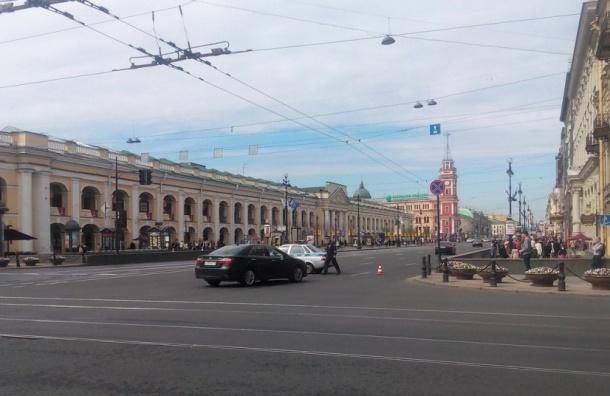 Полиция перекрыла Невский в час пик для проезда участников МЮФ