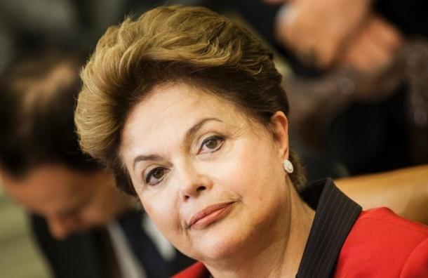 Президент Бразилии отстранена сенатом и идет под суд