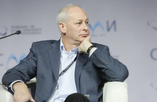 Увольнение топ-менеджеров РБК не связано с политикой, считают в Минсвязи
