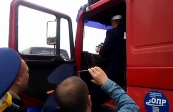 Дальнобойщики устроят автопробег из Петербурга в Нижний Новгород